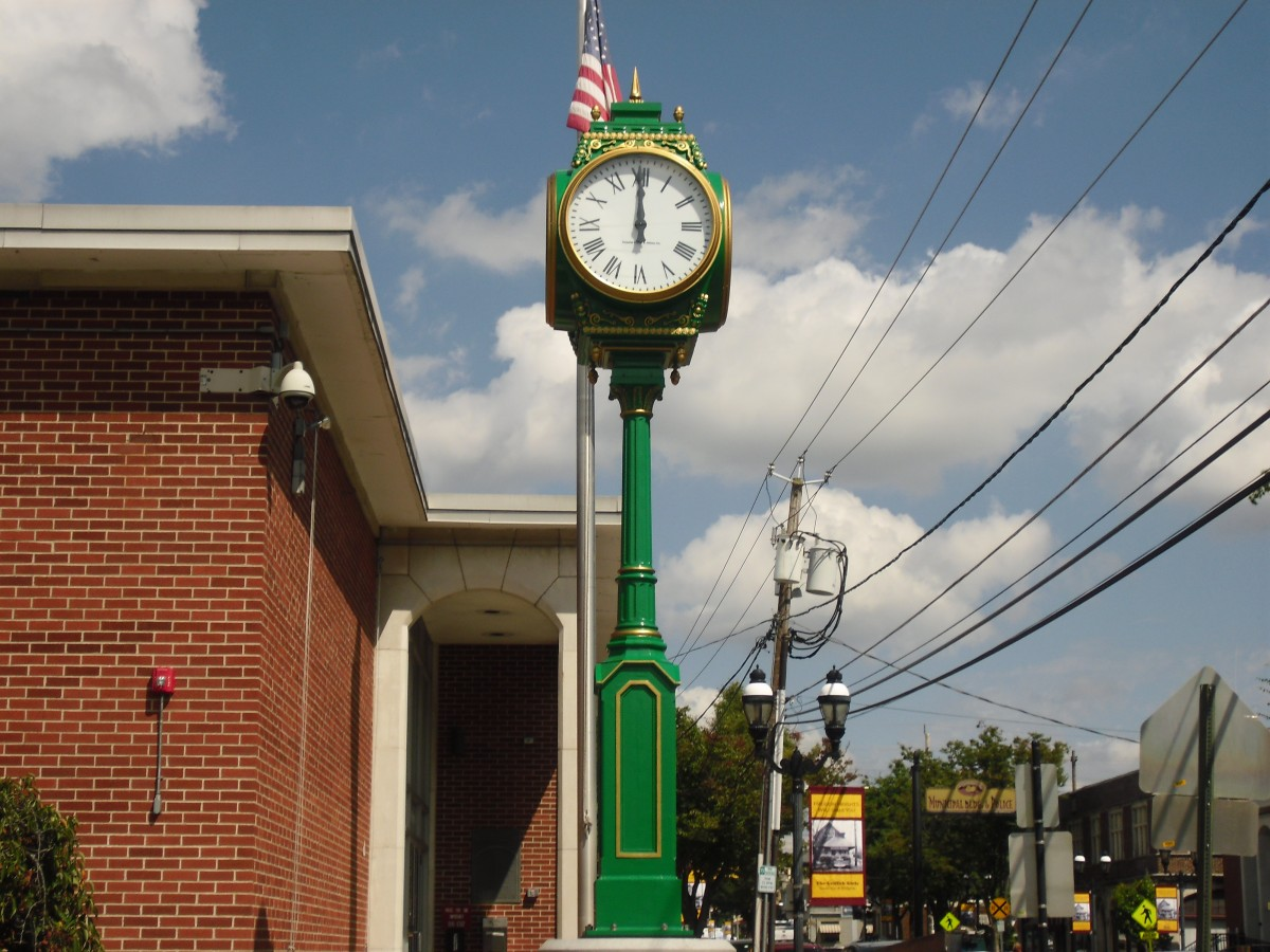 Borough of Haddon Heights Post Clock