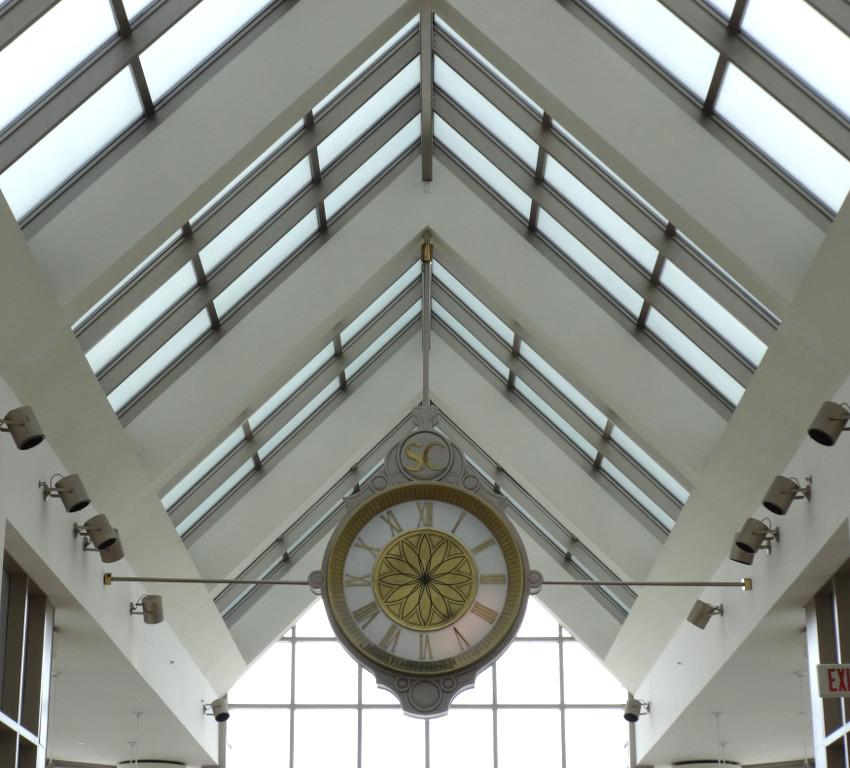 King Of Prussia Mall Indoor Clock New Hand Movements